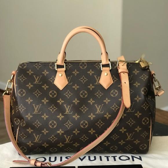 3d0a183d5b24 Louis Vuitton Handbags - Authentic Louis Vuitton Speedy 35 Bandouliere